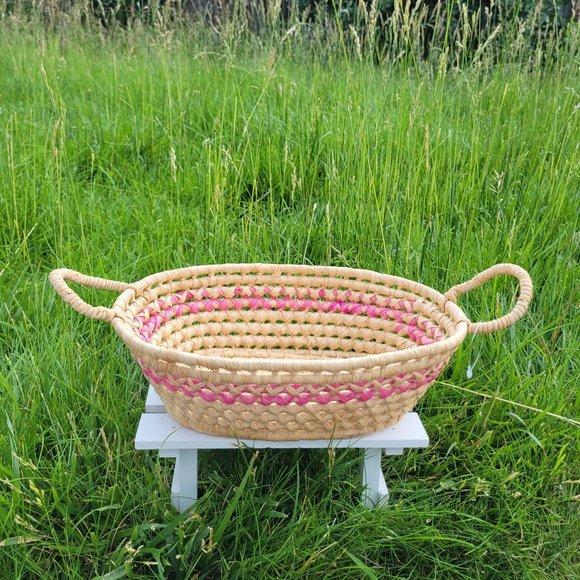 Basket / Vintage  Basket